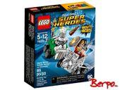 LEGO 76070 Super Heroes -  Wonder Woman vs. Doomsday