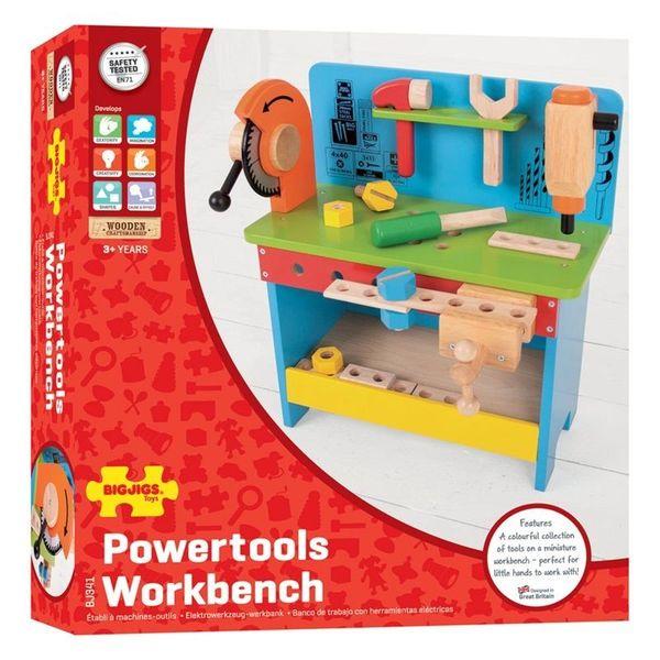 Drewniany warsztat majsterkowicza z narzędziami zdjęcie 10