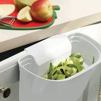 Pojemnik na obierki z blatu zakładany na drzwi lub szufladę biały