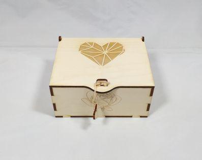 Szkatułka serce ,kuferek, pudełko