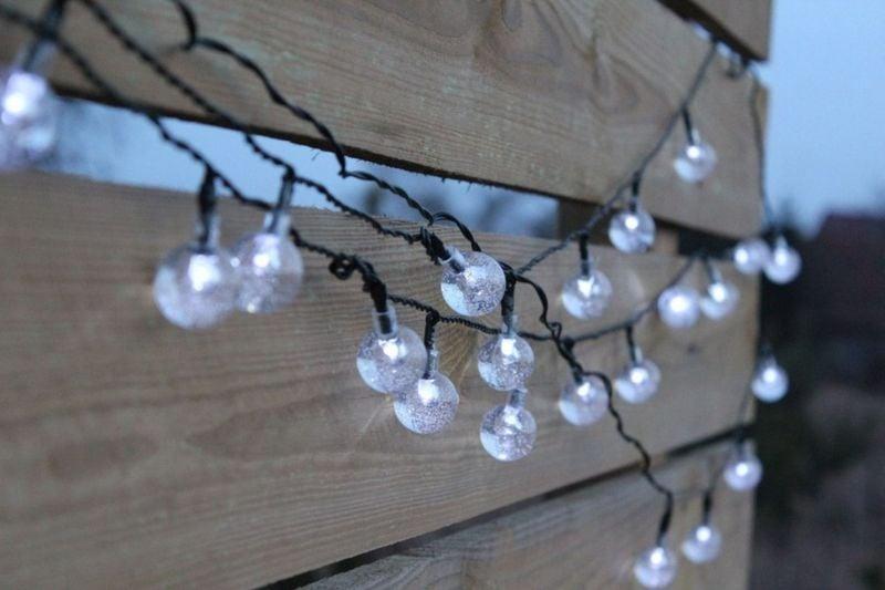 Lampki solarne 30 LED JoyLight zimne białe w kształcie kulek zdjęcie 1