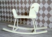 Drewniany konik na biegunach Kolor - biały zdjęcie 2