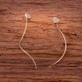 Złote Wiszące Kolczyki Przeciągane Przez Ucho Serce zdjęcie 3
