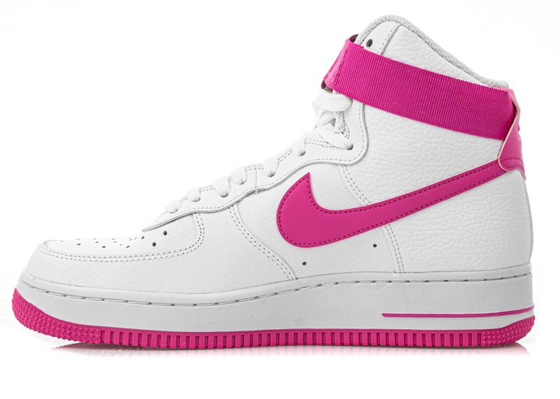 Nike Wmns Air Force 1 High Shoe (334031 109)