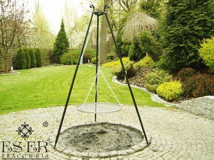 Grill ogrodowy na trójnogu PIOTR z rusztem stalowym 60 cm ES-ER