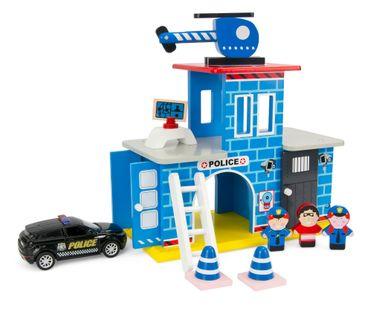 Drewniany Posterunek Policji + Wóz Policyjny