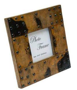 Drewniana ramka na zdjęcia pokryta blachą - A-1106, format zdjęcia 10x10cm