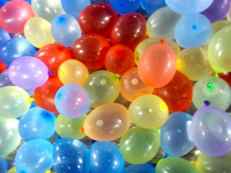 BALONY WODNE 100 szt BALON NA WODĘ BOMBY kolorowe zdjęcie 1