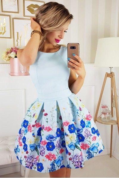 b55863fca9 Rozkloszowana sukienka LORA w kwiaty - miętowa Rozmiar - L • Arena.pl