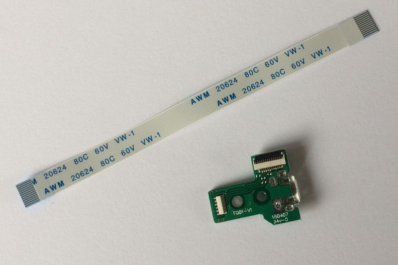 Płytka z taśmą F001-V1 JDS-030 gniazdo pada PS4 zdjęcie 3