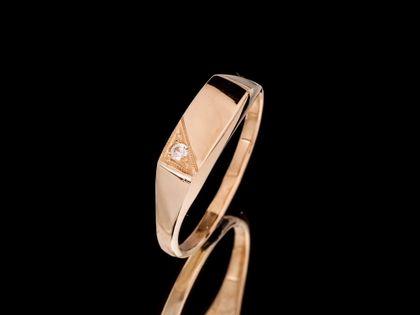 P503 Złoty pierścionek / sygnet z cyrkonią 333