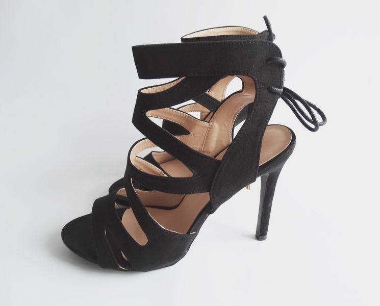 Sandałki zamszowe czarne OPEN TOE szpilki botki 37