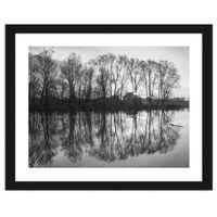 Obraz w ramie czarnej, Drzewa w jeziorze 60x40