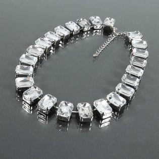 Efektowny krótki naszyjnik z dużych przezroczystych kryształów