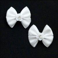 Białe spinki do włosów na klipsie 2 sztuki 3x4 cm