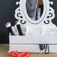 Walentynki ,Toaletka z serii Romantic, przegrody, lustro, matowa biel.