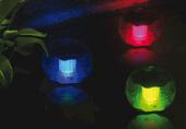 Lampa solarna 3 LED w kształcie kuli, kolorowa