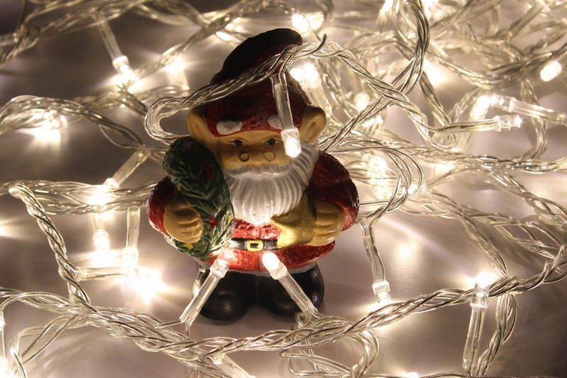 Lampki dekoracyjne choinkowe 100 LED ciepłe białe z programatorem na łańcuchu zdjęcie 7