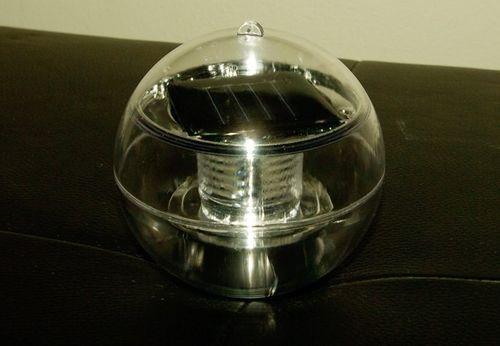 Lampa solarna biała LED, lampion ogrodowy w kształcie kuli na Arena.pl