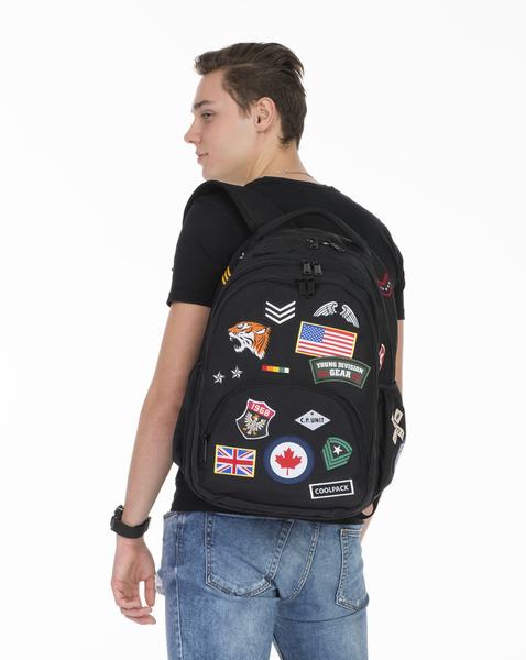 3b87799e1fd6a Plecak CoolPack BENTLEY czarny w znaczki