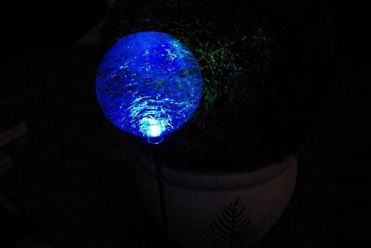 Lampa solarna kolorowa LED w kształcie kuli lampki solarne zdjęcie 6
