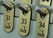 Numerki do szatni breloki do kluczy hotelowych 6x3 cm