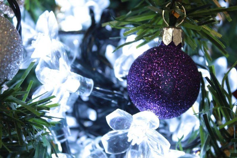 Lampki solarne 50 LED JoyLight w kształcie kwiatków, zimne białe zdjęcie 4