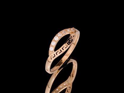 P723 Złoty pierścionek. Droga grecka z cyrkoniami. 585