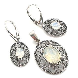 Komplet srebrny SWAROVSKI white opal