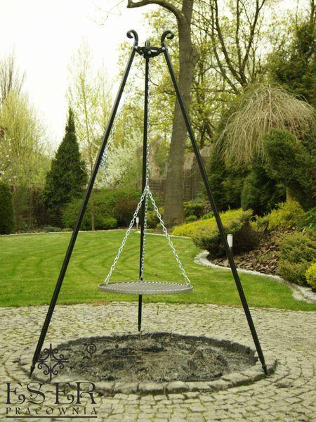 Grill ogrodowy na trójnogu PIOTR z rusztem stalowym 50 cm ES-ER zdjęcie 1