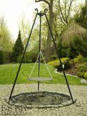 Grill ogrodowy na trójnogu PIOTR z rusztem stalowym 50 cm ES-ER