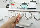 Kuchnia drewniana z oświetleniem LED + Naczynia Z370K zdjęcie 5