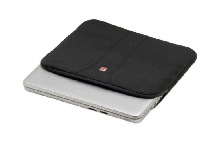 79bec43fba09 ETUI na laptopa 15