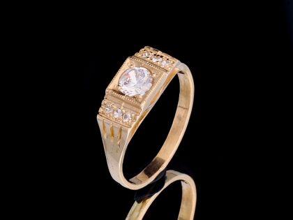 P456 Złoty pierścionek z cyrkoniami 333 /Jubi