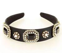 Biżuteryjna opaska na włosy diadem tiara czarny MAZZINI