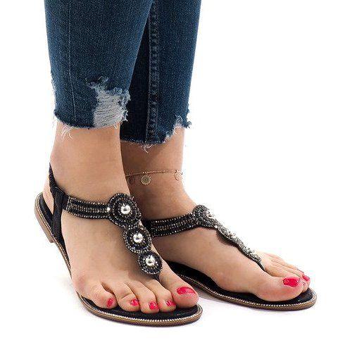 Czarne sandały na gumkę r.40
