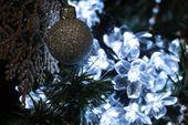 Lampki solarne 50 LED JoyLight w kształcie kwiatków, zimne białe zdjęcie 6