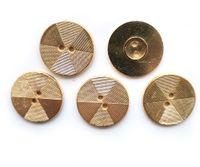 Guziki metalowe 18 mm 2 otw. 5 szt. 605