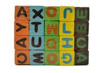 Drewniane klocki edukacyjne z literami dla dzieci