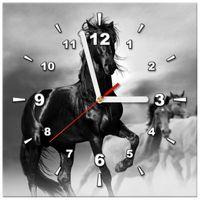 ZEGAR  Czarny koń 30x30