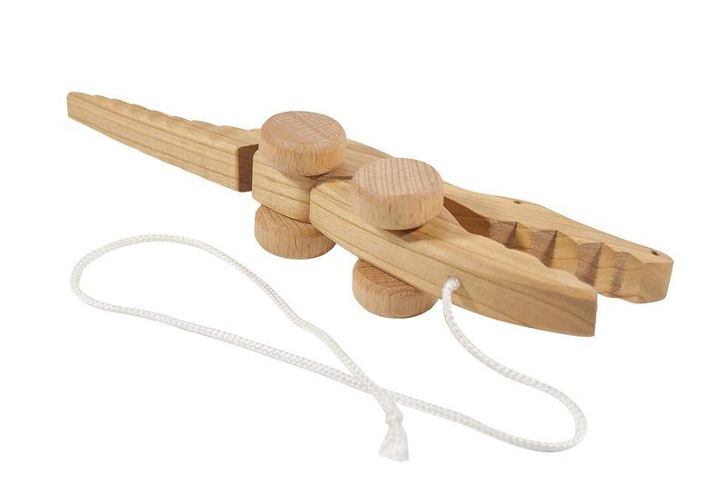 Krokodyl z drewna, na sznurku na Arena.pl