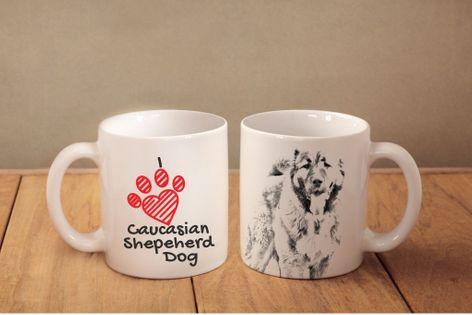 """Owczarek kaukaski - kubek z wizerunkiem psa i napisem """"I love..."""". Wysokiej jakości kubek ceramiczny."""