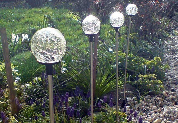 Lampa solarna kolorowa LED w kształcie kuli lampki solarne zdjęcie 1