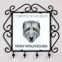 Wieszak na klucze z Wilczarz irlandzki, I watch your keys Nowa kolekcja z geometrycznym psem