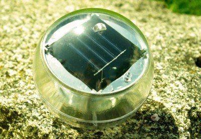Lampa solarna biała LED, lampion ogrodowy w kształcie kuli zdjęcie 4