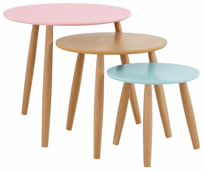 Zestaw trzech stolików w pastelowych kolorach na Arena.pl