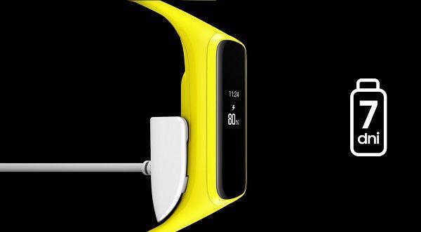 Smartwatch Samsung Fit-e SM-R375 czarny zdjęcie 2