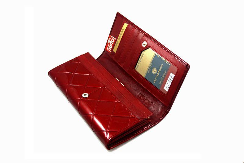 Duży czerwony portfel damski, lakierowany, pikowany, RFID, Peterson zdjęcie 6